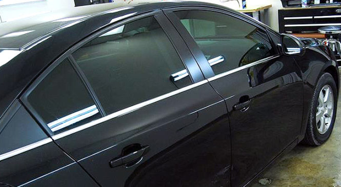 What Are The Pros And Cons Of Auto Glass Tinting in Flagstaff, AZ?